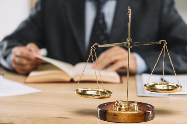 Les spécialisations des avocats en entreprises à Corbeil-Essonnes