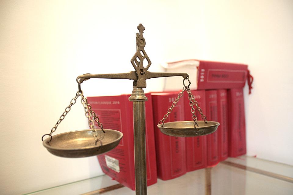 Devenir juriste spécialisé